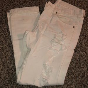 Men's white distressed denim jeans